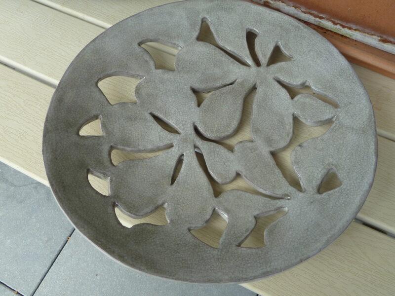 Renata Sandini, No 425 : Coupe à fruits découpée en céramique 30cm